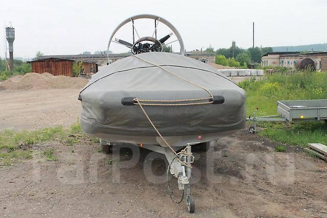 лодка с аэроглисером