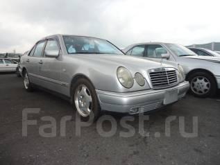 Mercedes-Benz E-Class. 112