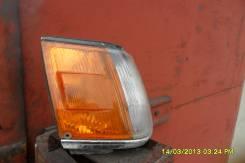 Поворотник. Toyota Corolla, AE81