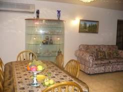 5-комнатная, улица Дикопольцева 10. Центральный, частное лицо, 251кв.м.