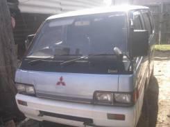 Mitsubishi Delica. P25W