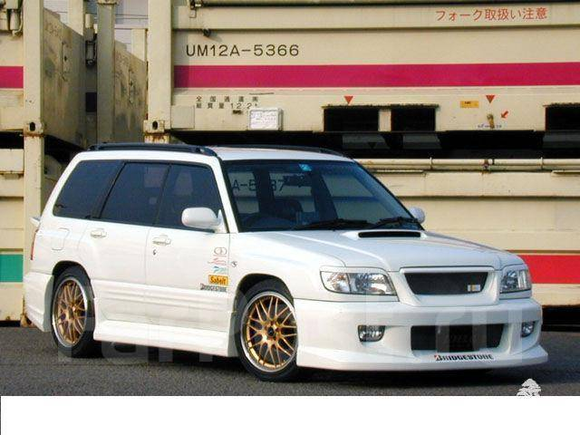 Порог пластиковый. Subaru Forester, SF5