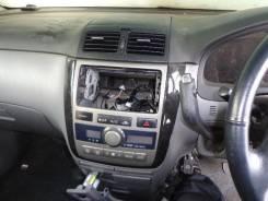 Консоль панели приборов. Toyota Ipsum, 26