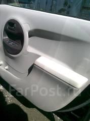 Обшивка двери. Toyota Passo, KGC35 Двигатель 1KRFE