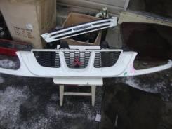 Решетка радиатора. Mitsubishi Delica, PD8W Двигатель 4M40
