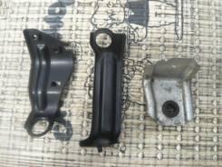 Крепление радиатора. Honda Zest, JE2 Двигатель P07A
