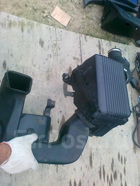 Патрубок впускной. Toyota Corolla Levin, AE101 Toyota Sprinter Trueno, AE101 Двигатель 4AGZE