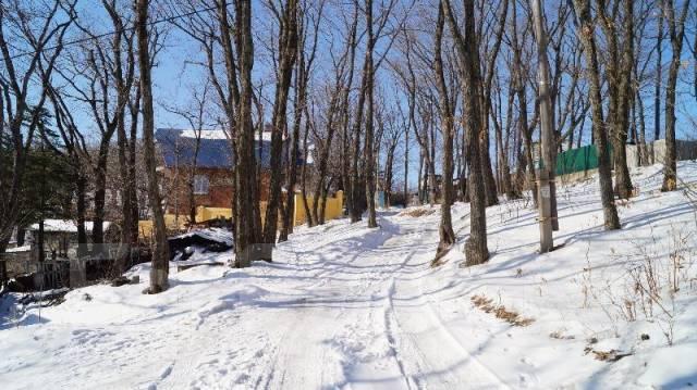 Срочно продам хороший земельный участок. 1 600кв.м., собственность, электричество, вода, от частного лица (собственник). Фото участка
