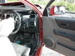 Стойка кузова. Nissan X-Trail, NT30 Двигатель QR20DE