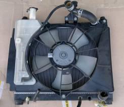 Радиатор охлаждения двигателя. Toyota Porte