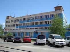 Торгово-офисные центры. 182 кв.м., улица Стрельникова 9, р-н Эгершельд. Дом снаружи