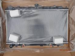 Радиатор охлаждения двигателя. Nissan Primera Camino, P11 Nissan Bluebird