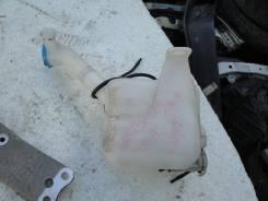 Бачок стеклоомывателя. Honda Fit, GD1 Двигатель L13A