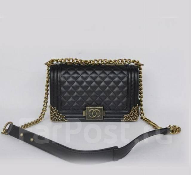 Сумка Chanel Le Boy Flap Shoulder Bag - Аксессуары и бижутерия во ... d7efdf79f25