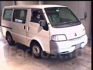 Mitsubishi Delica. SK22MN, R2