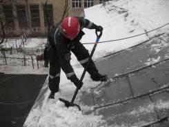 Очистка кровли от снега и наледи в Хабаровске