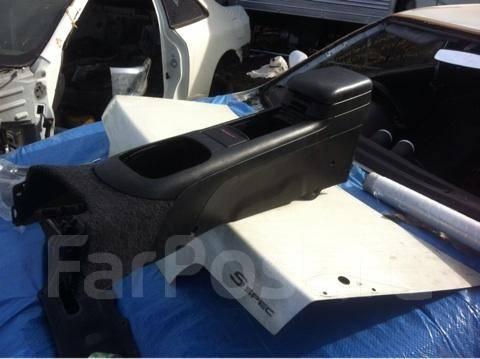 Вставка багажника. Honda Prelude, BB8, BB6 Двигатель H22A