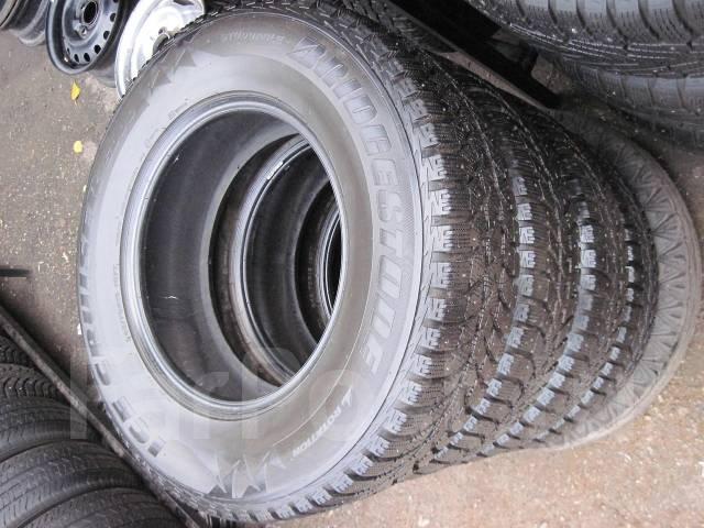 Bridgestone Ice Cruiser 5000. Зимние, шипованные, 2009 год, износ: 30%, 1 шт