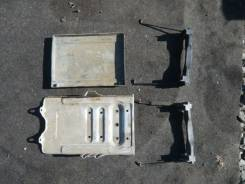 Крепление аккумулятора. Suzuki Escudo, TL52W Двигатель J20A