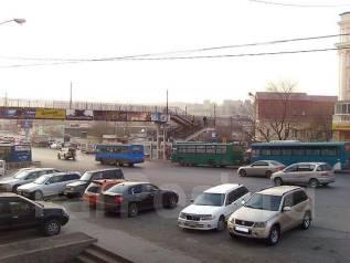 Торгово-офисные центры. 60кв.м., улица Новоивановская 3, р-н Луговая. Вид из окна