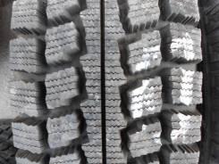 Goodyear Ice Navi Van. Всесезонные, 2010 год, износ: 10%, 4 шт