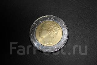 Монета 500 лир, 1983г. биметалл. Италия.