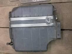 Корпус воздушного фильтра. Lexus IS200