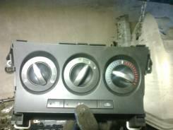 Блок управления климат-контролем. Mazda Mazda3