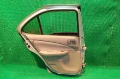 Обшивка двери. Nissan Sunny, FB15
