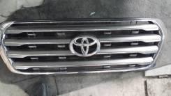 Решетка радиатора. Toyota Land Cruiser, UZJ200, UZJ200W Двигатель 2UZFE