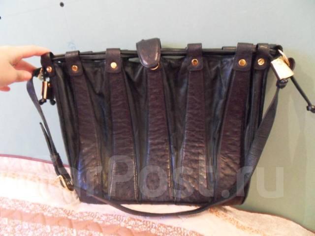 e000420f8d95 Сумка-гармошка черная из страуса - Аксессуары и бижутерия во ...