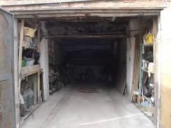 Продам капитальный гараж на три джипа. Луговая57-73. 70кв!. Луговая ул. 57, р-н Луговая, 35,0кв.м., электричество, подвал. Вид изнутри