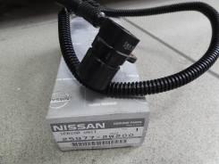 Датчик положения коленвала. Nissan Caravan Elgrand, AVWE50 Двигатель QD32ETI