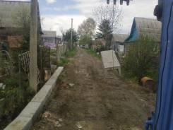 Выкопаем дренаж и установим лотки соберем забор