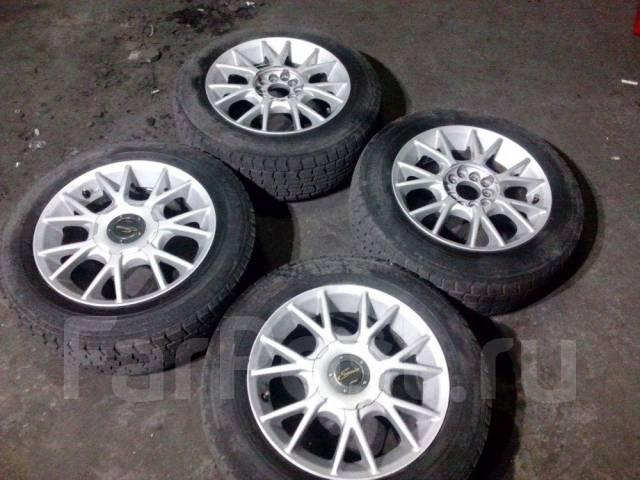 Комплект хороших универсальных колес. 6.5x15 5x100.00, 5x114.30 ET45 ЦО 64,0мм.