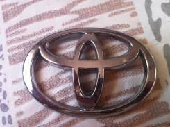 Эмблема багажника. Toyota Kluger V