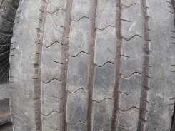 Dunlop SP LT 33. Летние, 2010 год, износ: 10%, 2 шт