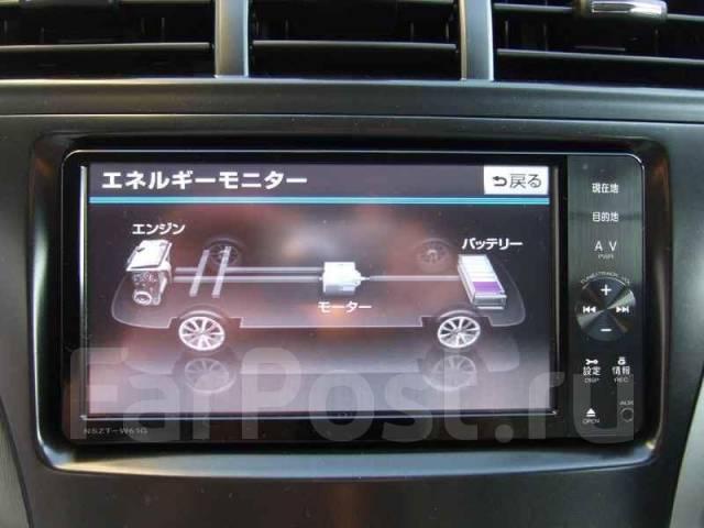 Крутая магнитола Toyota NSZT-W61G с кабелем USB