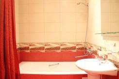 2-комнатная, Первостроителей 33. Центральный, 48 кв.м. Ванная