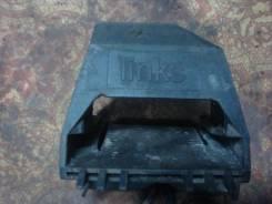 Крепление радиатора. BMW 5-Series