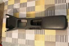 Консоль центральная. Toyota Avensis