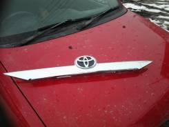 Накладка крышки багажника. Toyota Camry, ASV50