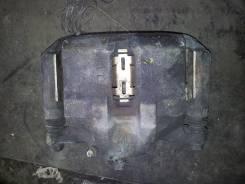 Суппорт тормозной. Honda Stepwgn, RF1