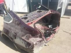Задняя часть автомобиля. Nissan Teana