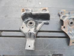 Крепление радиатора. Ford Escape, EP3WF Двигатель L3