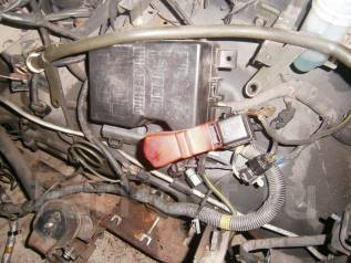 Блок предохранителей. Mitsubishi Pajero, V25W Двигатель 6G74