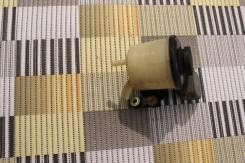 Бачок гидроусилителя руля. Nissan Almera Classic Двигатель QG16