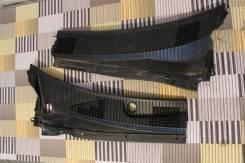 Решетка под дворники. Toyota Gaia