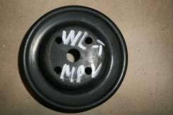 Шкив помпы. Mazda MPV, LVLR Двигатель WLT