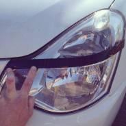 Накладка на фару. Nissan Almera